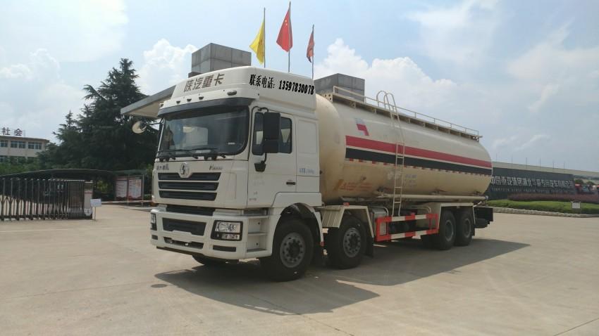 陕汽德龙大型干混砂浆运输车可装55吨